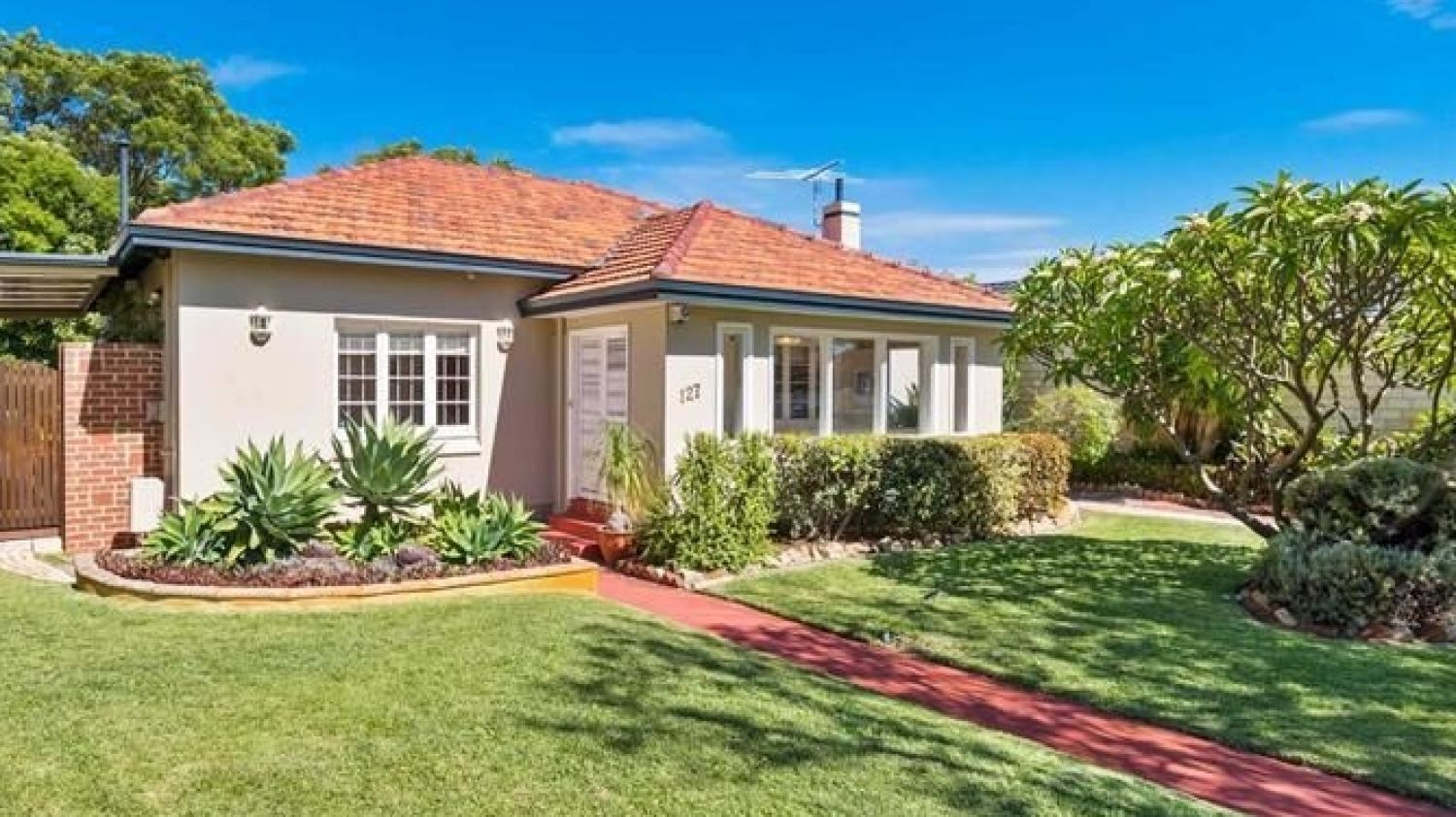 Perth property market could soon see more auctions, experts tip